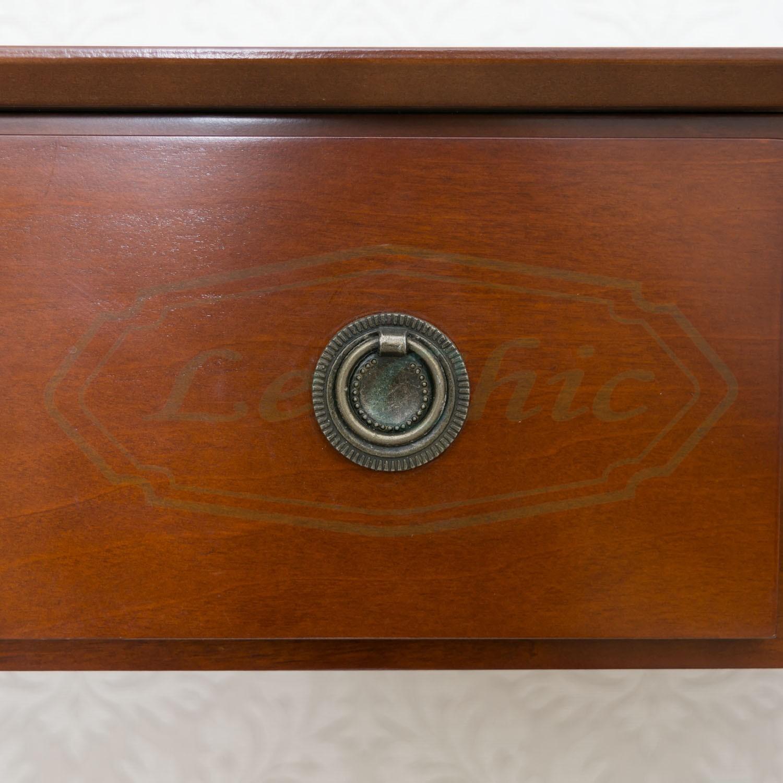 Porta Tv In Stile Classico.Scrivania Con Rotelle Stile Classico Con 2 Cassetti Le Chic